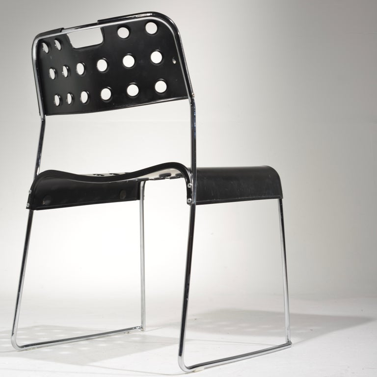 ICF Stacking Chair in Black For Sale 1