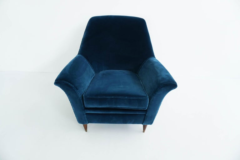 Ico Parisi Lounge Chairs in Blue Lagoon Velvet For Sale 2