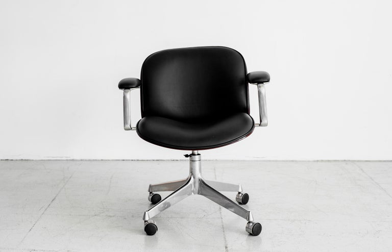 Veneer Ico Parisi Office Chair, Black Leather For Sale