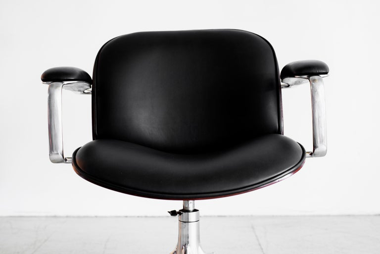 Mid-20th Century Ico Parisi Office Chair, Black Leather For Sale