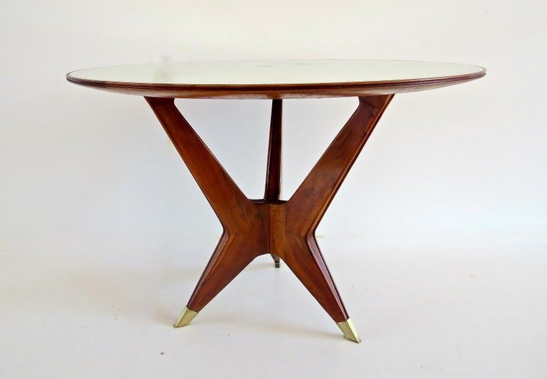 Ico Parisi Round Walnut Dining Table Three Feet 1950 For Sale At 1stdibs