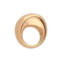 Iconic 18 Karat Yellow Gold Vhernier Pirouette Ring