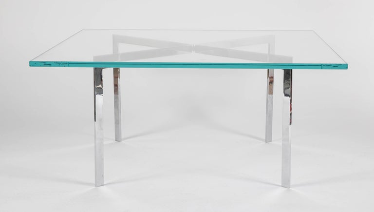 Iconic Barcelona Coffee Table by Mies van der Rohe for Knoll In Excellent Condition For Sale In Stamford, CT