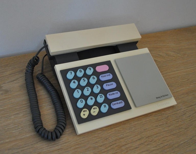 Scandinavian Modern Iconic Beocom 1000 Telephone from 1986 by Bang & Olusfen