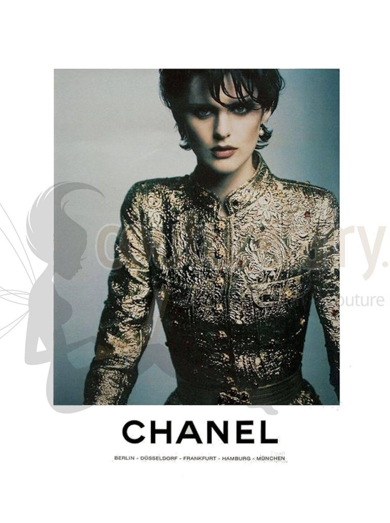 Iconic Chanel Golden Metallic 3D Structured Jacket Blazer For Sale 2