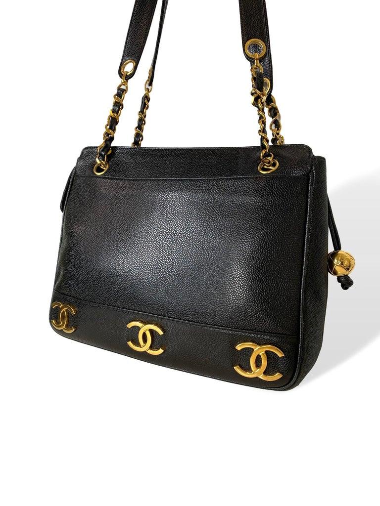 Iconic Chanel Vintage Black Caviar Leather Triple Logo Shoulder Bag, 1994 In Good Condition For Sale In Banner Elk, NC