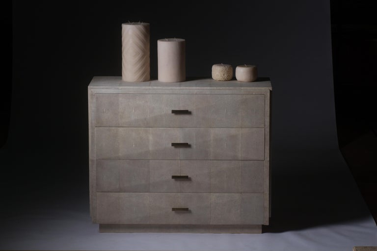 Art Deco Iconic Chest of Drawers with Beveled Drawers in Cream Shagreen by R&Y Augousti For Sale