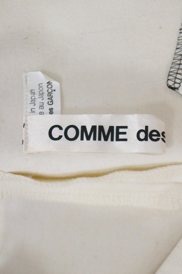 Iconic Comme des Garçons Black and White Flat Pack Runway Dress 2014 For Sale 6