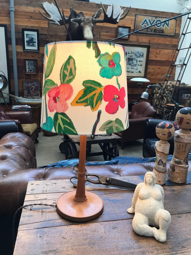 Iconic Danish Esben Klint Table Lamp Model 301 in Solid Teak In Good Condition For Sale In Søborg, DK