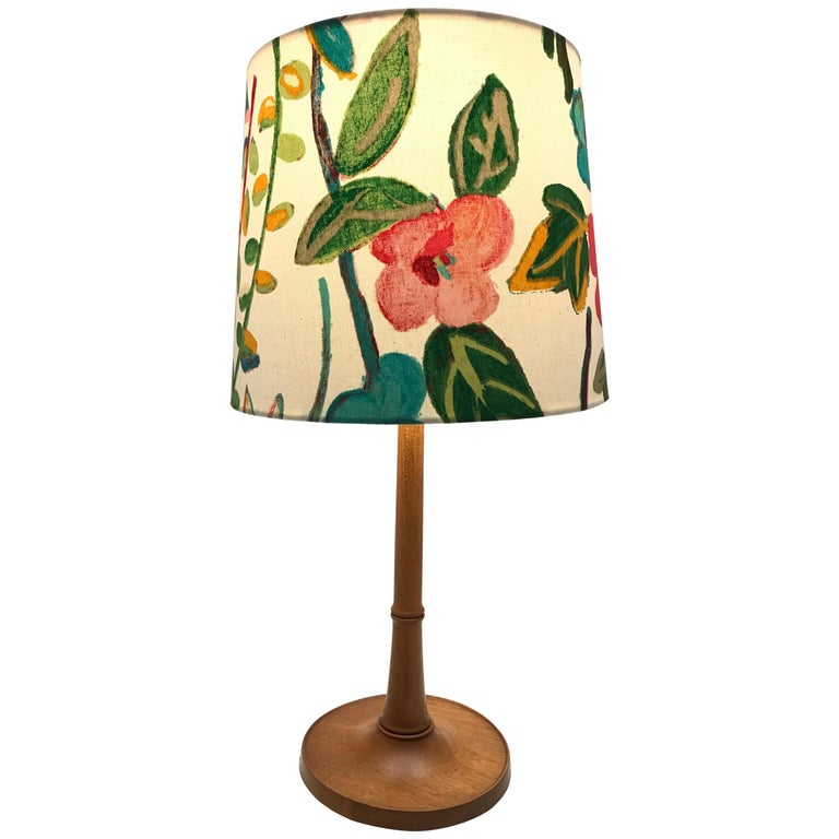 Iconic Danish Esben Klint Table Lamp Model 301 in Solid Teak For Sale