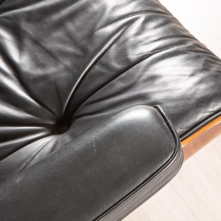 Iconic Eames Black Leather Lounge Chair by Vitra, C.1980 For Sale 5