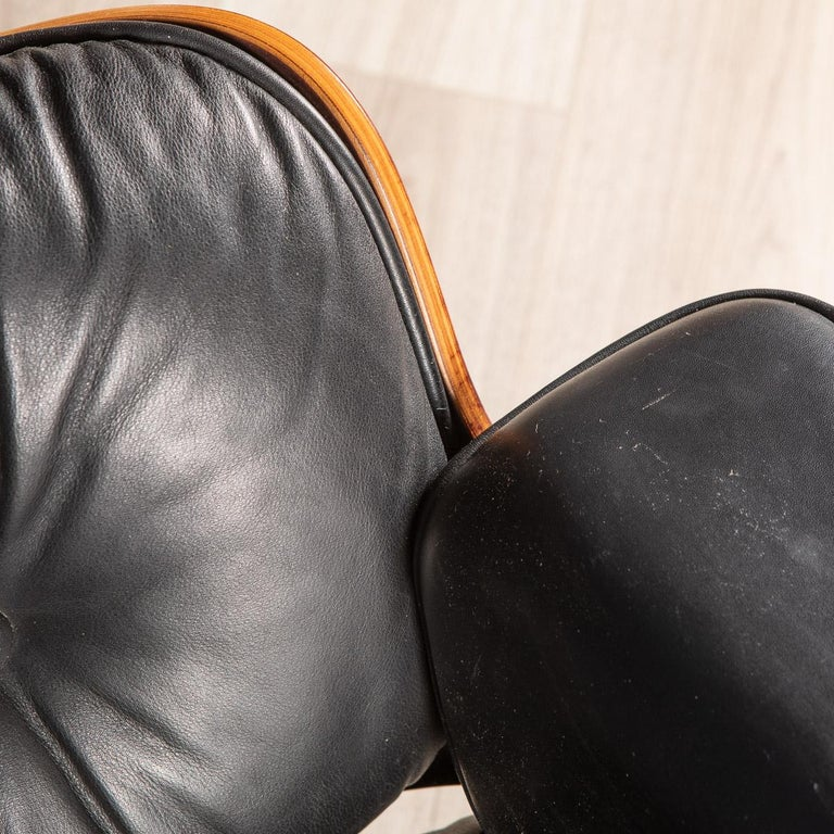 Iconic Eames Black Leather Lounge Chair by Vitra, C.1980 For Sale 7