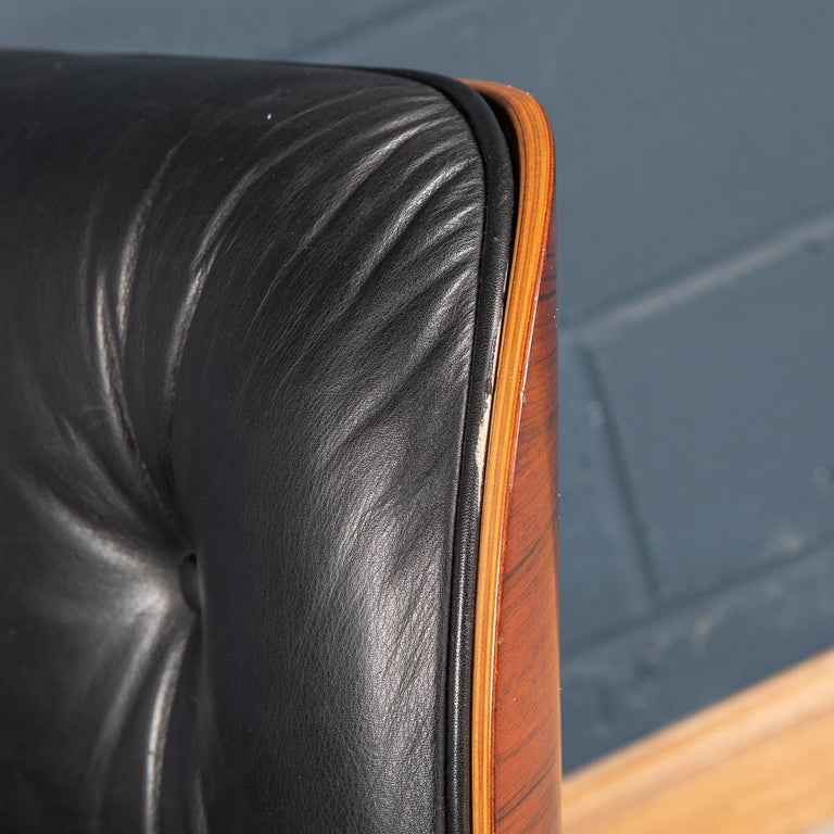 Iconic Eames Black Leather Lounge Chair by Vitra, C.1980 For Sale 8