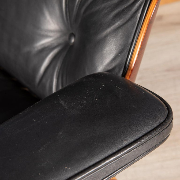 Iconic Eames Black Leather Lounge Chair by Vitra, C.1980 For Sale 11