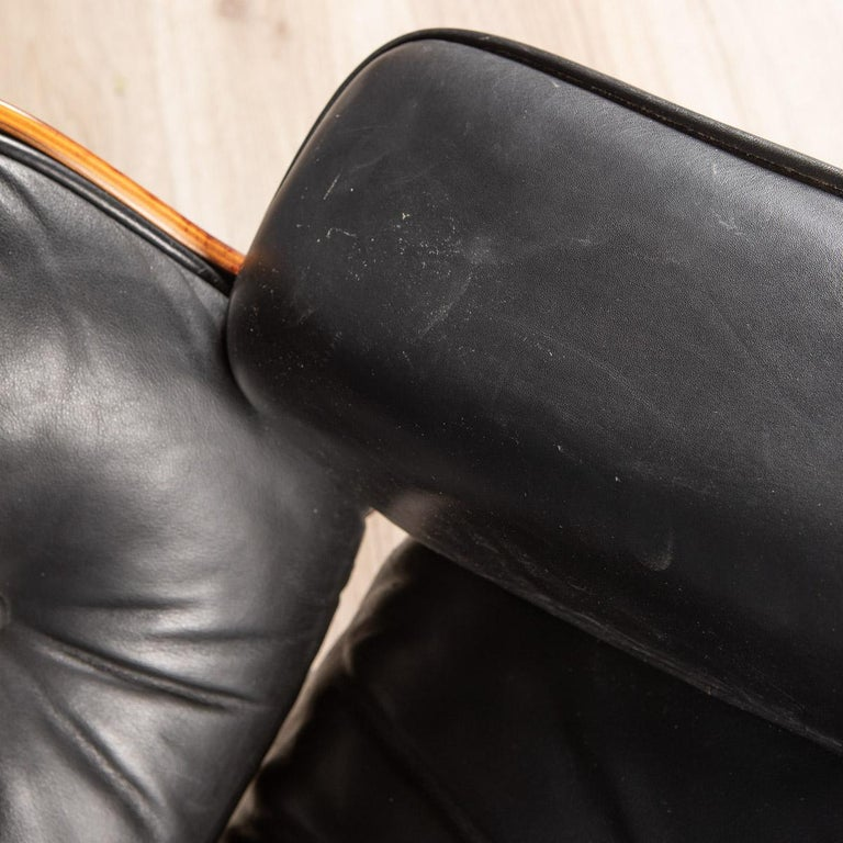 Iconic Eames Black Leather Lounge Chair by Vitra, C.1980 For Sale 12