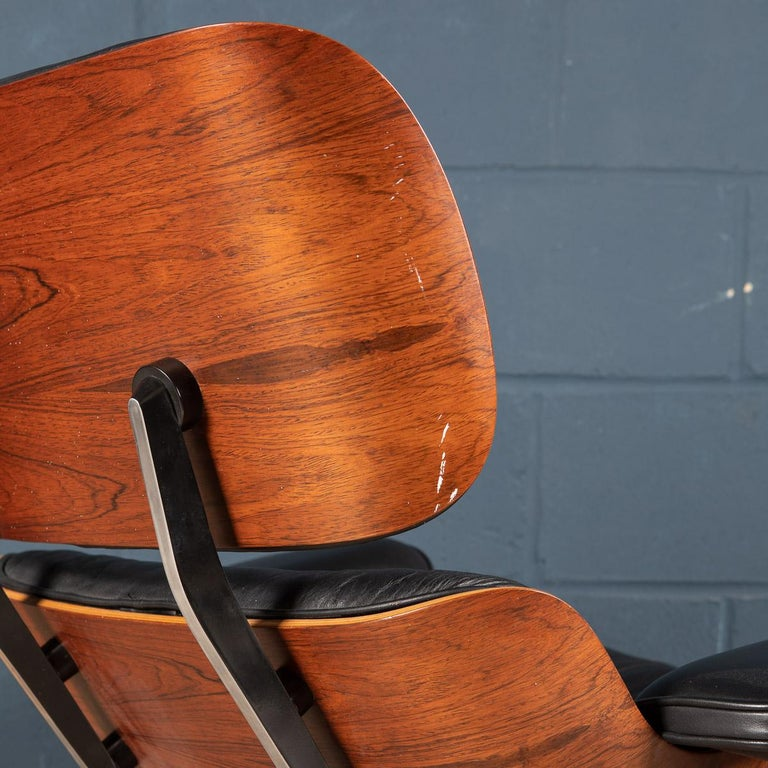 Iconic Eames Black Leather Lounge Chair by Vitra, C.1980 For Sale 13