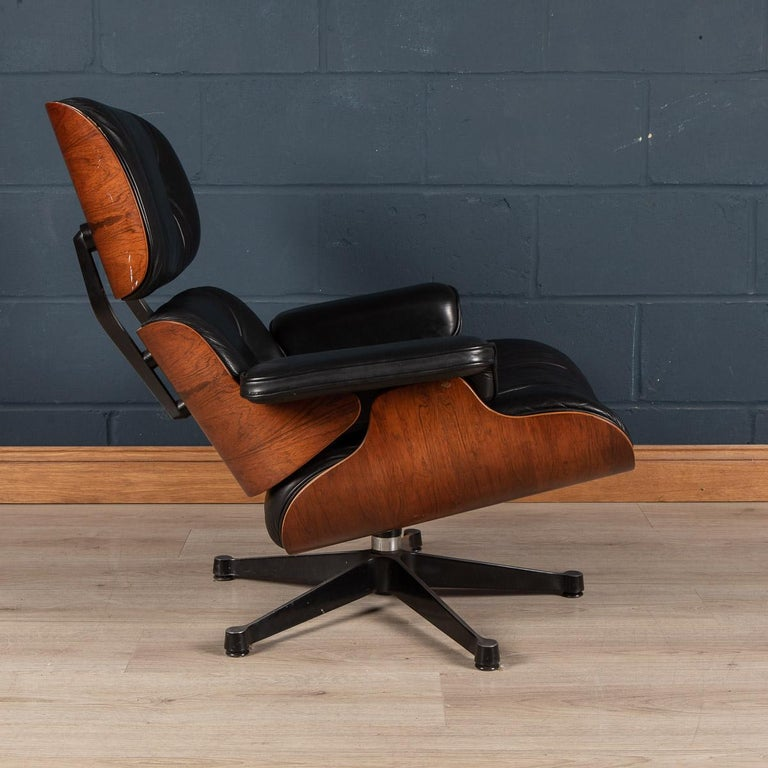 Iconic Eames Black Leather Lounge Chair by Vitra, C.1980 For Sale 2