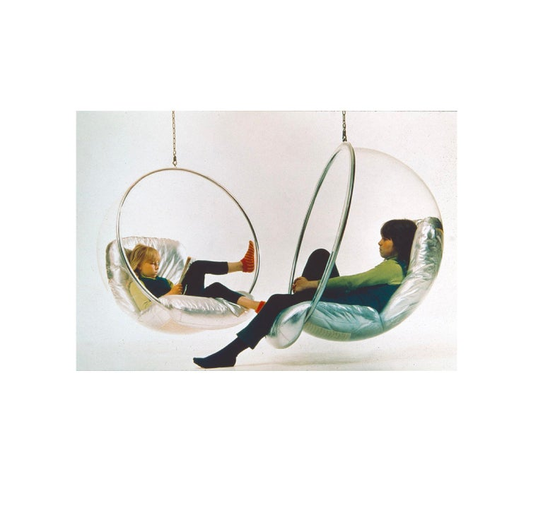 Iconic Eero Aarnio Original Bubble Chair, 1968, Space Age Scandinavian Modern In Good Condition In Brooklyn, NY