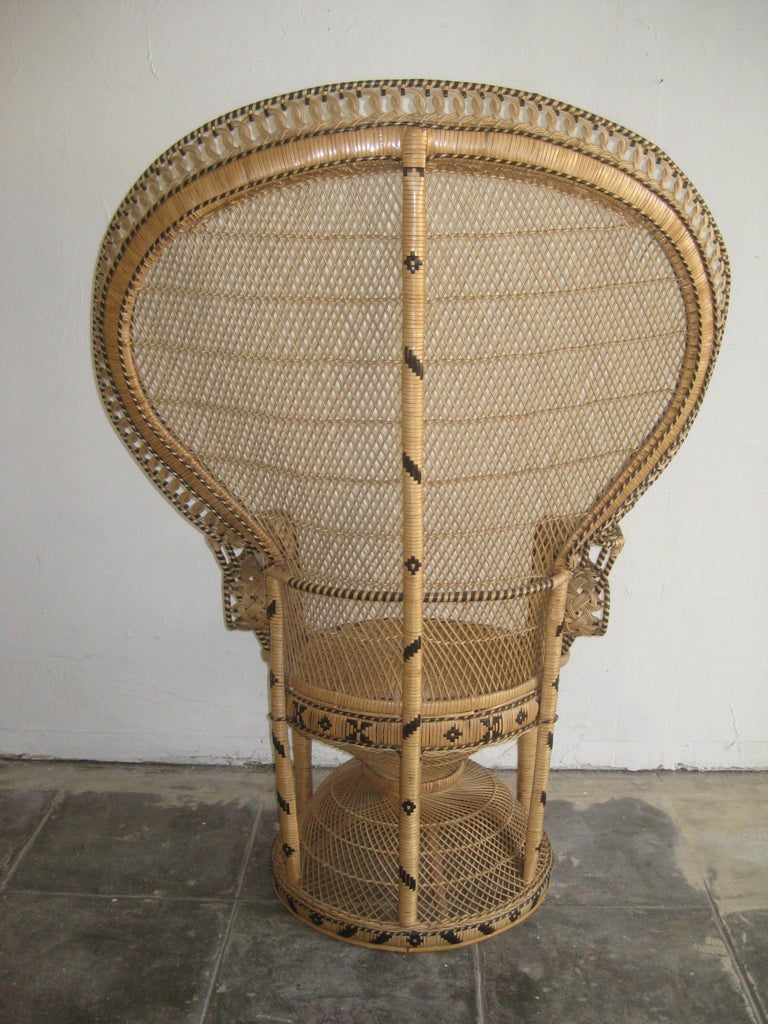 Iconic Emmanuelle Wicker Rattan Midcentury Peacock Chair Statement Piece Mint For Sale 6