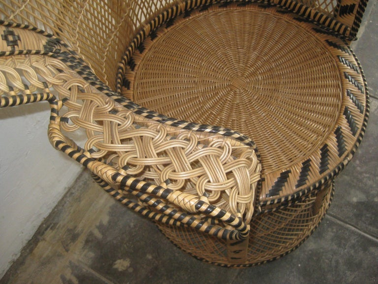 Iconic Emmanuelle Wicker Rattan Midcentury Peacock Chair Statement Piece Mint For Sale 2