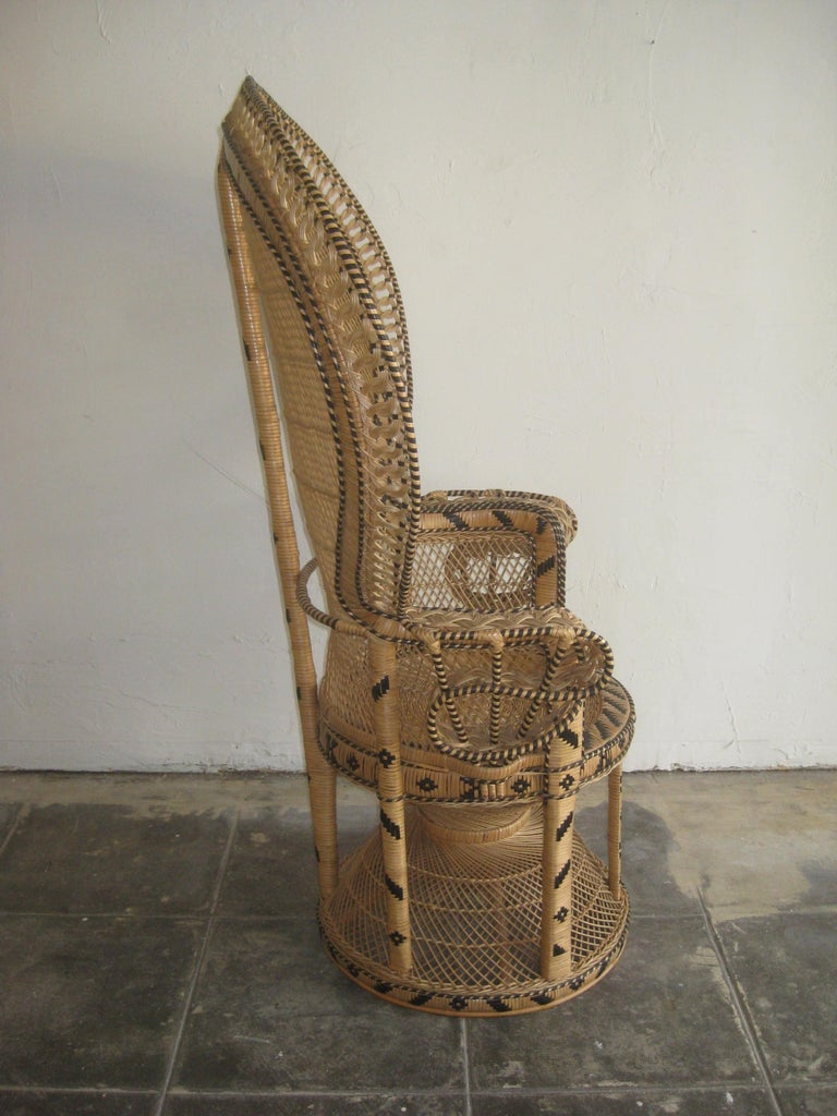 Iconic Emmanuelle Wicker Rattan Midcentury Peacock Chair Statement Piece Mint For Sale 4