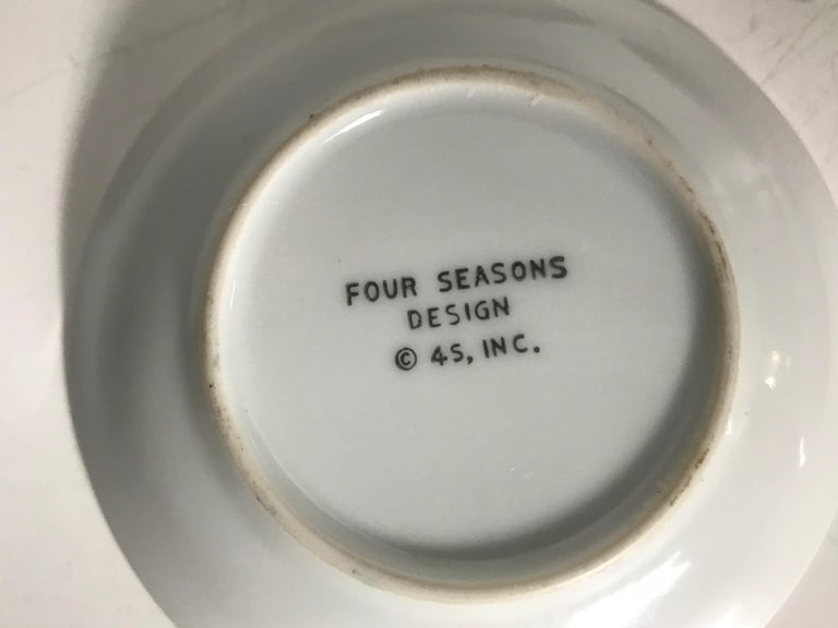 Iconic Four Seasons Design Ashtrays, Set '4' NYC Restaurant by Emil Antonucci In Excellent Condition For Sale In Buffalo, NY