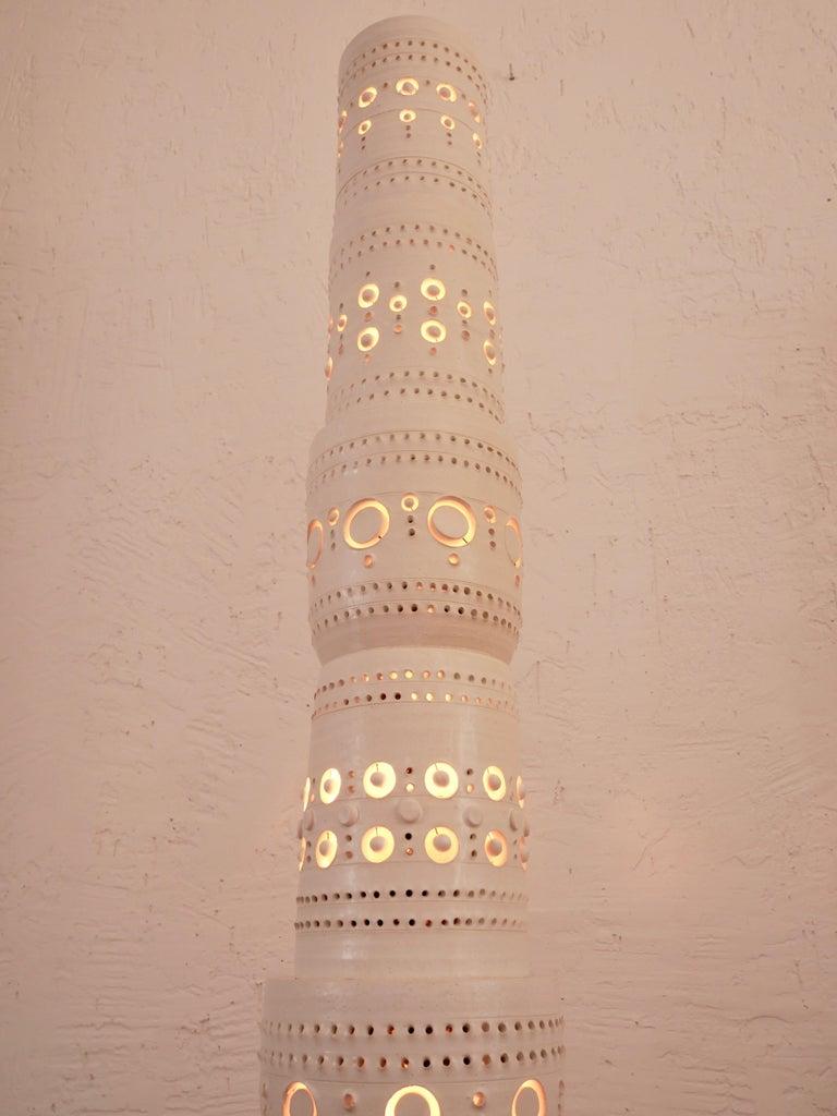 Iconic Georges Pelletier TOTEM Floor Lamp in White Enameled Ceramic For Sale 1