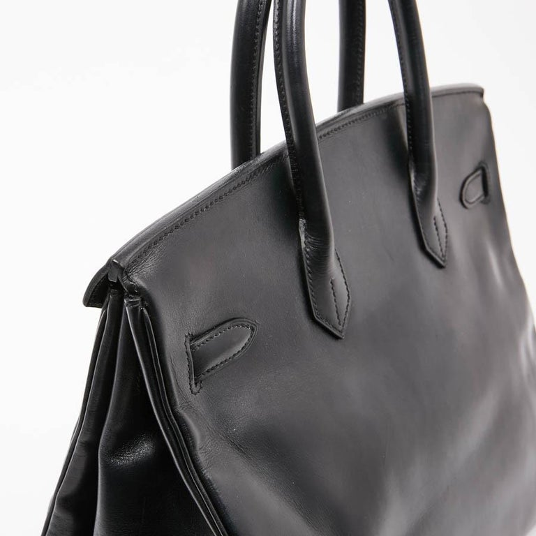 Iconic HERMES Birkin 35 in Black Box Leather For Sale 5