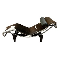 Iconic Le Corbusier Style LC4 Brown and White Cowhide Lounge Chaise