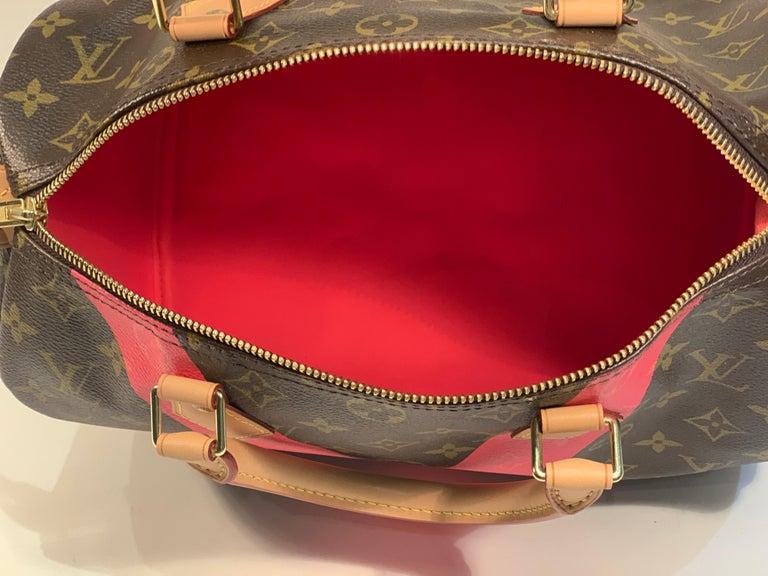 Iconic Louis Vuitton Speedy 30 Handbag Limited Edition Grenade V Monogram Canvas For Sale 8