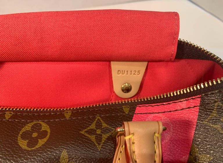 Iconic Louis Vuitton Speedy 30 Handbag Limited Edition Grenade V Monogram Canvas For Sale 9