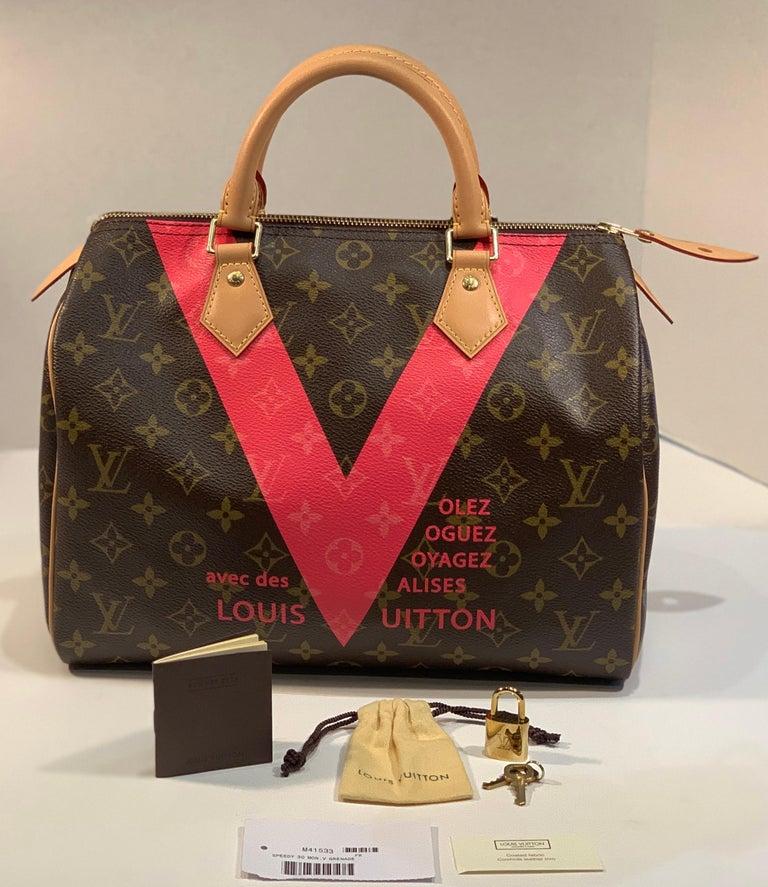 Iconic Louis Vuitton Speedy 30 Handbag Limited Edition Grenade V Monogram Canvas In Excellent Condition For Sale In Tustin, CA
