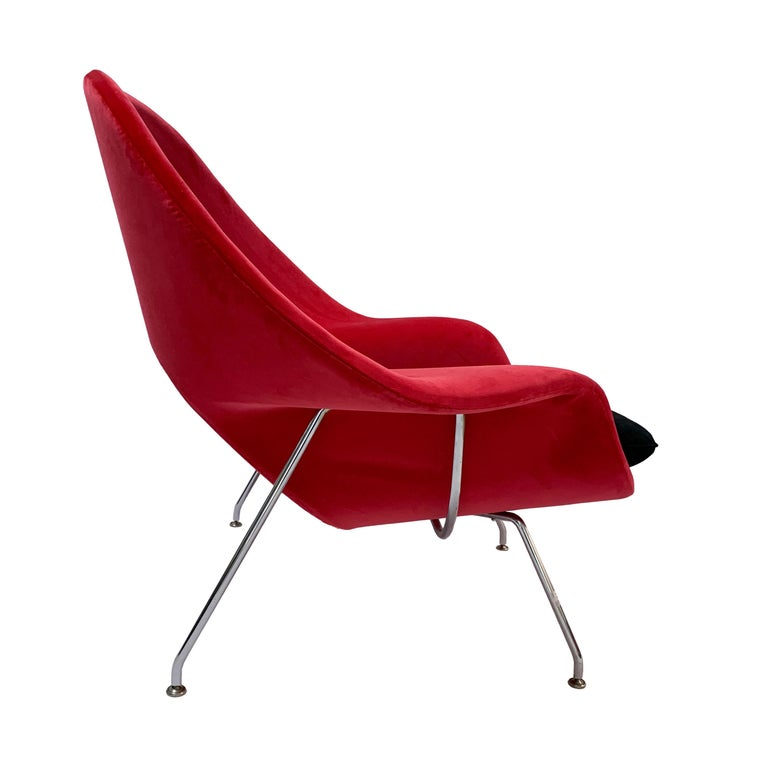 American Iconic Mid-Century Modern Knoll Womb Chair and Ottoman