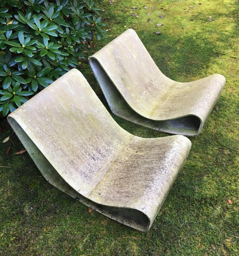 Swiss Iconic Pair of Loop Chairs by Willy Guhl, 1960s For Sale