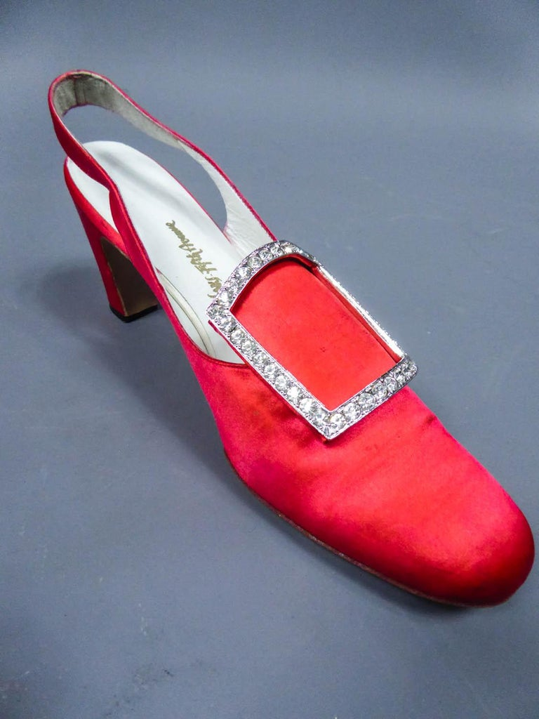 Iconic Pair of Roger Vivier Pumps  Circa 1970 For Sale 7