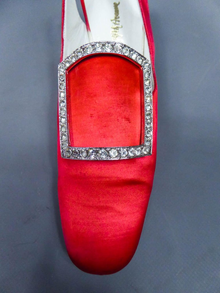 Iconic Pair of Roger Vivier Pumps  Circa 1970 For Sale 2