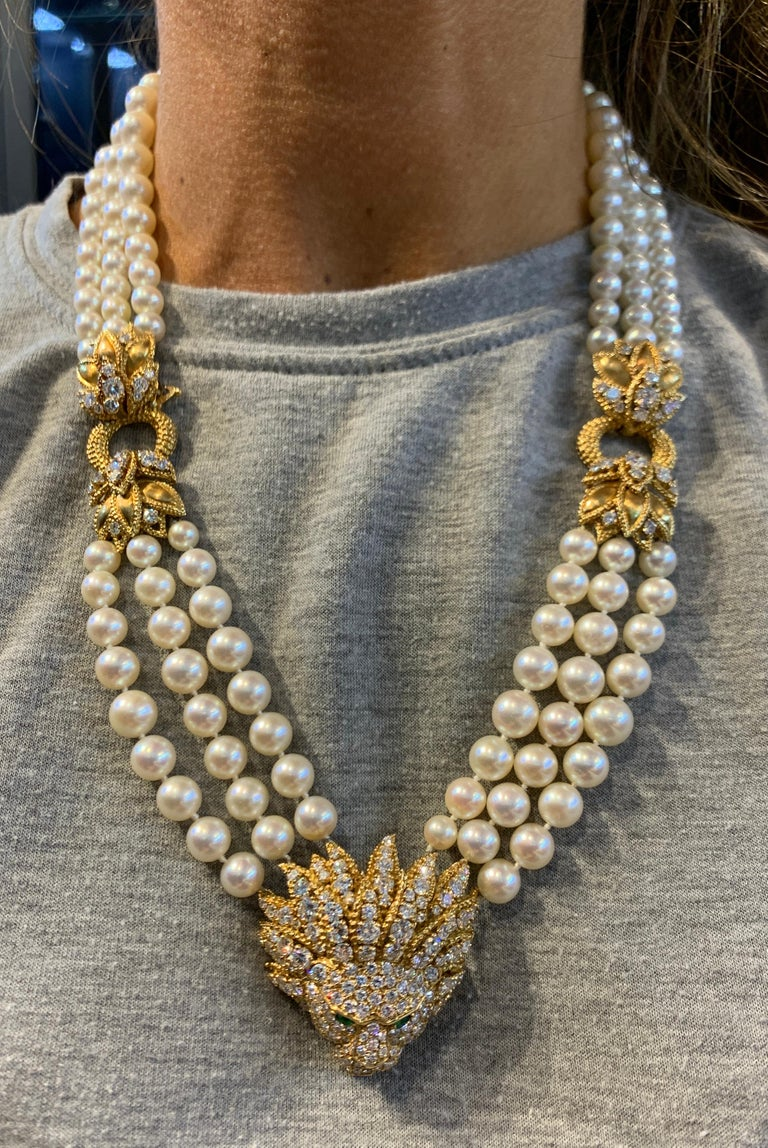 Iconic Van Cleef & Arpels Pearl and Diamond Lion Tassel Necklace For Sale 2