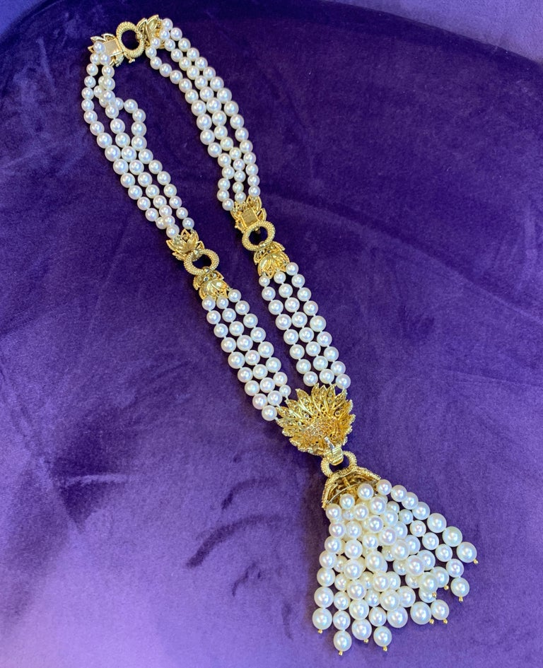 Iconic Van Cleef & Arpels Pearl and Diamond Lion Tassel Necklace For Sale 3