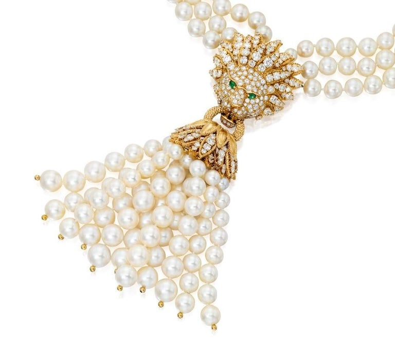 Women's Iconic Van Cleef & Arpels Pearl and Diamond Lion Tassel Necklace For Sale