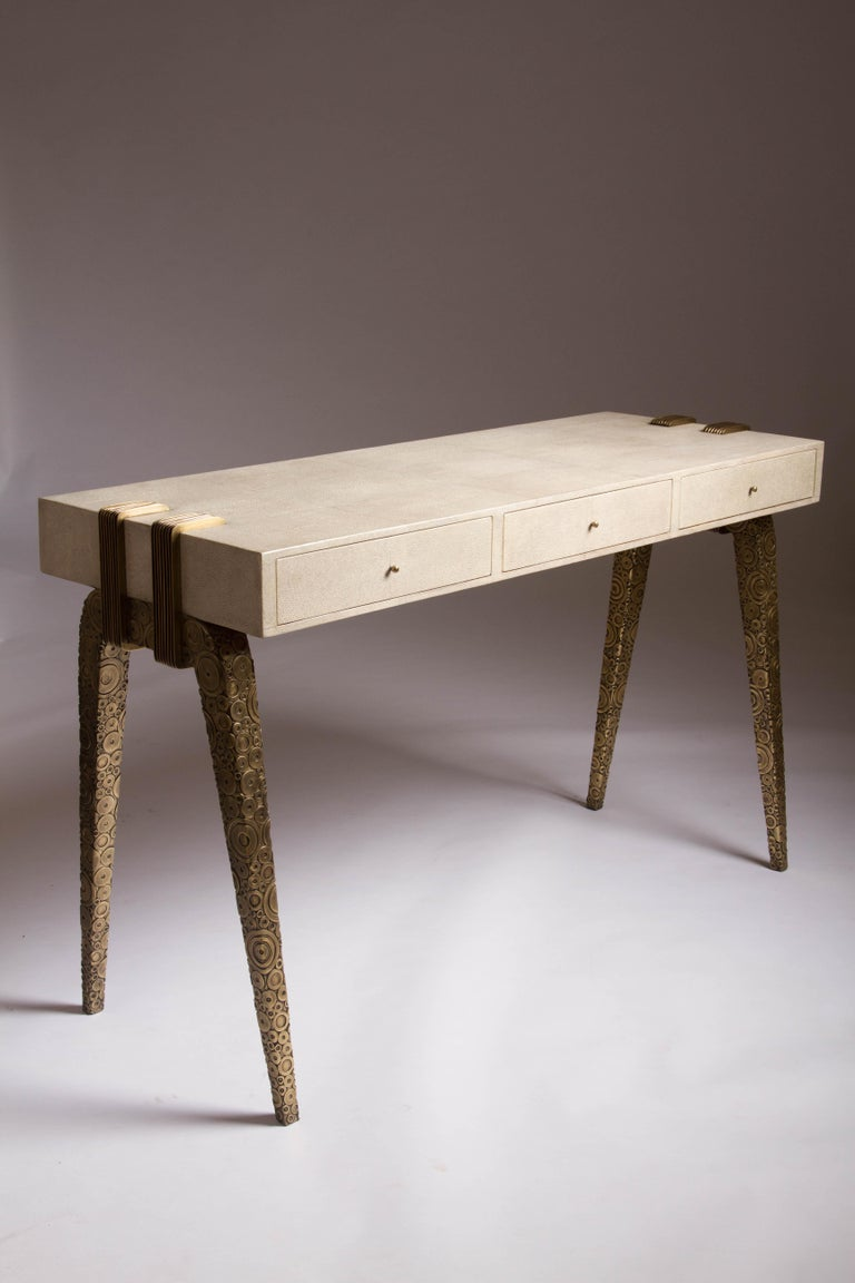 Iconic Writing Desk in Cream Shagreen and Bright Brass by R&Y Augousti In New Condition For Sale In New York, NY