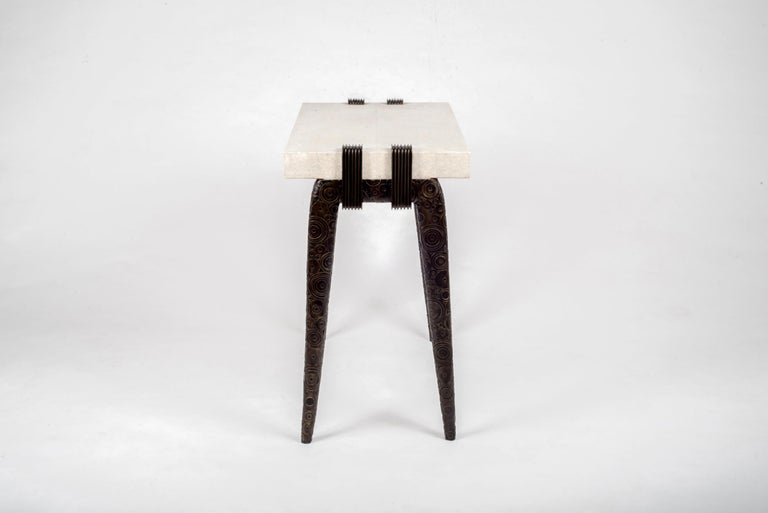 French Iconic Writing Desk in Cream Shagreen and Bronze-Patina Brass by R&Y Augousti For Sale