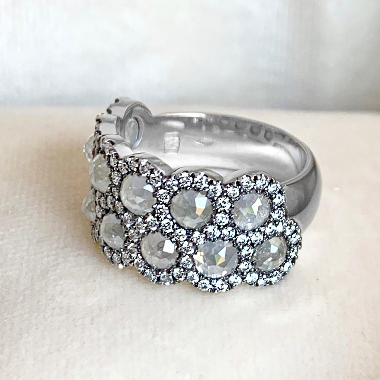Icy Rose-Cut DEGVVS White Brilliant-Cut Diamond Pave Eternity Ring In Excellent Condition For Sale In Antwerp, BE