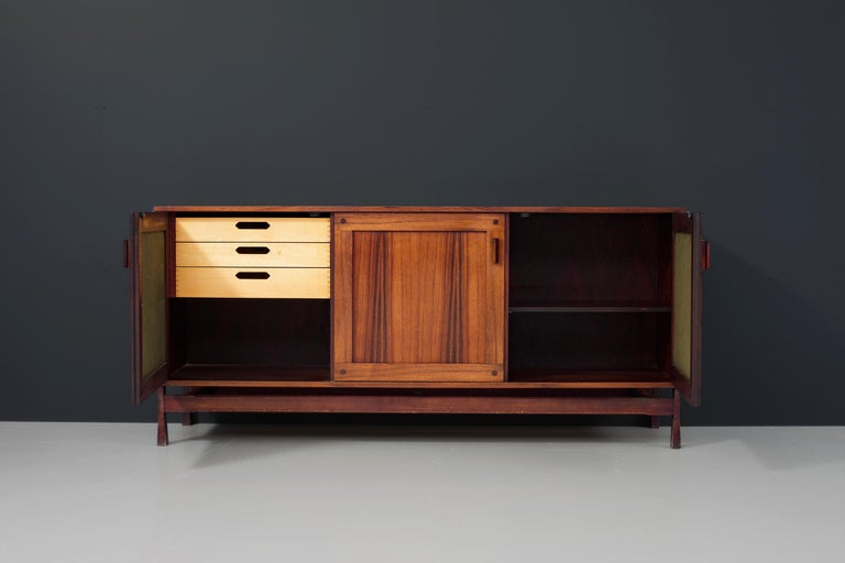 Late 20th Century Idiosyncratic Italian Credenza with Flared Feet in Rosewood, 1970s For Sale