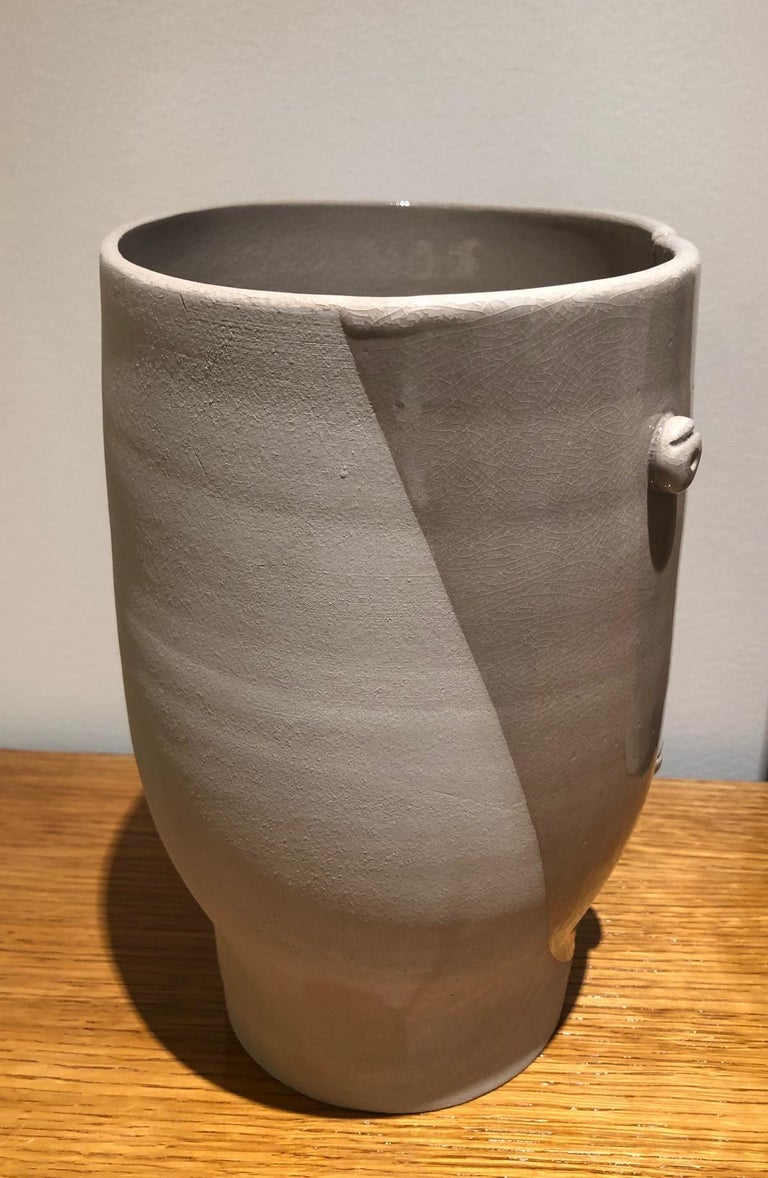 Idole Ceramic Vase Signed by Dalo For Sale 1