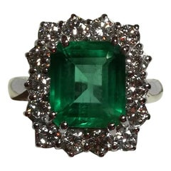 IGI 4.22 Carat Emerald Diamond Ring 18 Carat White Gold