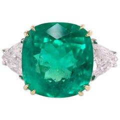 IGI Antwerp Certified 7.56 Carat Colombian Emerald Cushion Cut Minor Oil