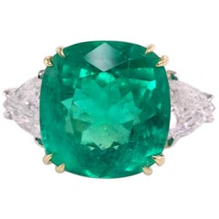 IGI Antwerp Certified 7.56 Carat Natural Emerald Cushion Cut Minor Oil