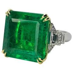 Igi Certified 16.30 Carat Natural Emerald Trapezoid Round Diamond Ring Minor Oil
