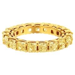 IGI Certified 18K Yellow Gold 5.0 Carat Yellow Cushion Shape Eternity Band Ring