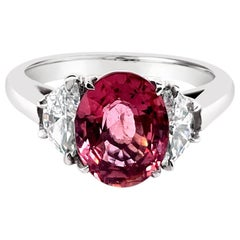 IGI Certified 2.48 Carat Natural/No Heat Padparadscha Sapphire Ring in Platinum